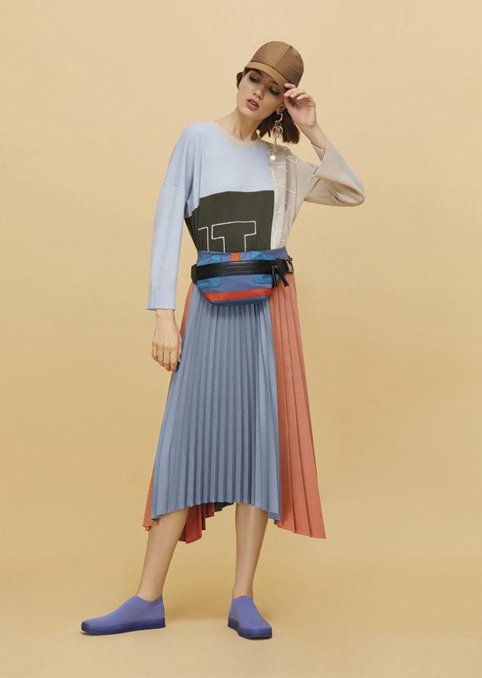 上品で小粋なプリーツスカート MAX&Co.(マックス アンド コー)、秋の着回しコーデ術
