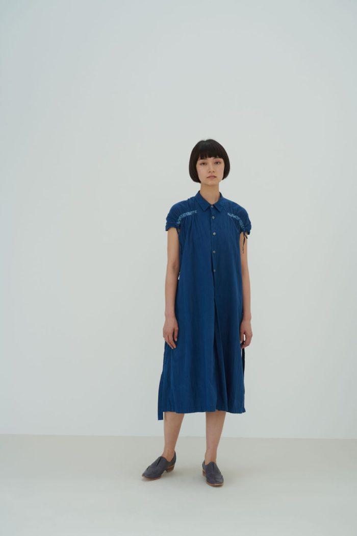 「matohu(まとふ)」、2021年春夏コレクションを発表