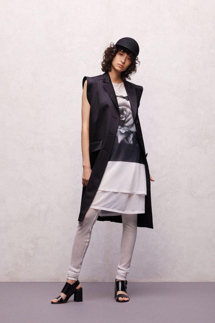 「TAE ASHIDA(タエ アシダ)」、2021年春夏コレクションを発表