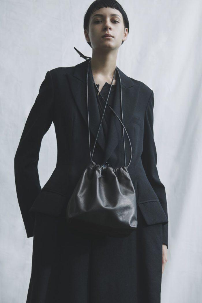 「discord Yohji Yamamoto(ディスコード ヨウジヤマモト)」、渋谷パルコ店1周年記念アイテムを発売