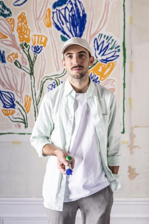 自然の生命力を表現 ヴァン クリーフ&アーペル、フランス人アーティストとコラボ