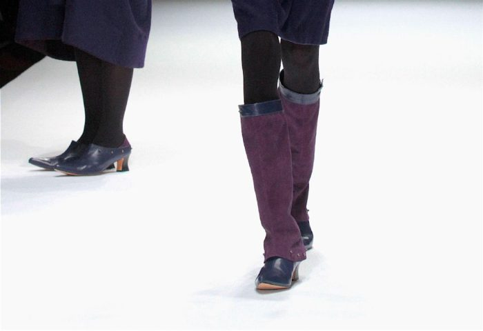 「matohu(まとふ)」の表参道本店が移転 ファイナルイベント「靴をまとう」開催