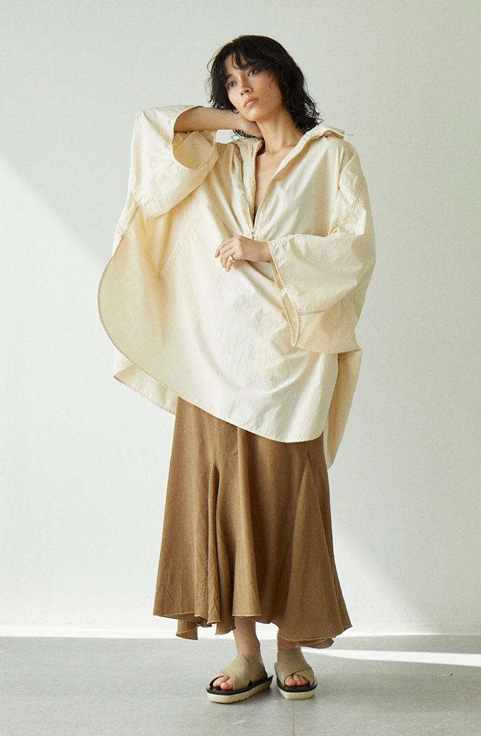 空気をはらむ「エアリー服」 軽やか着映えでストレスフリー