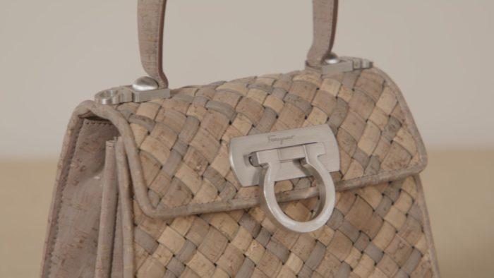 「Salvatore Ferragamo(サルヴァトーレ フェラガモ)」、「Earth Top Handle Bag」を発売