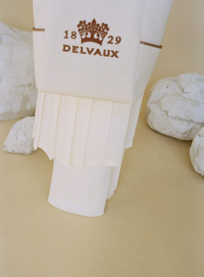 「DELVAUX(デルヴォー)」、DELIGHT(ディライト)トートバッグを発売 お揃いのポーチも