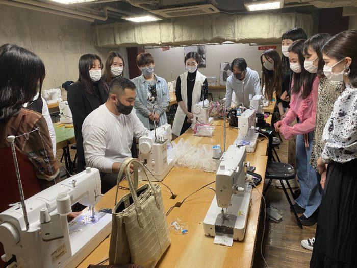 「TOMO KOIZUMI(トモ コイズミ)」、阪急うめだ本店でポップアップストアをオープン