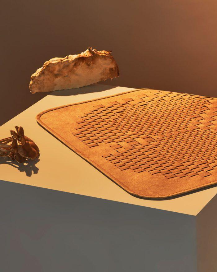 キノコの根が原料 「lululemon(ルルレモン)」、Mylo素材を採用したヨガアクセサリーを発表