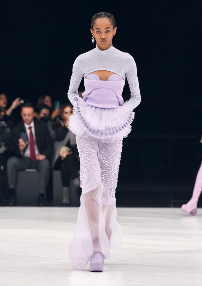 「GIVENCHY(ジバンシィ)」、2022年春夏コレクションを発表