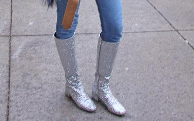 「ロングブーツ」の今年らしい履き方とは?スカートやパンツの細感アップに注目